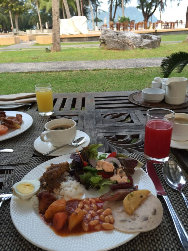 タンジュンルーの朝食